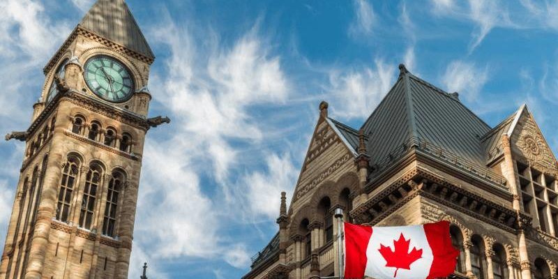 бигбен и флаг канады